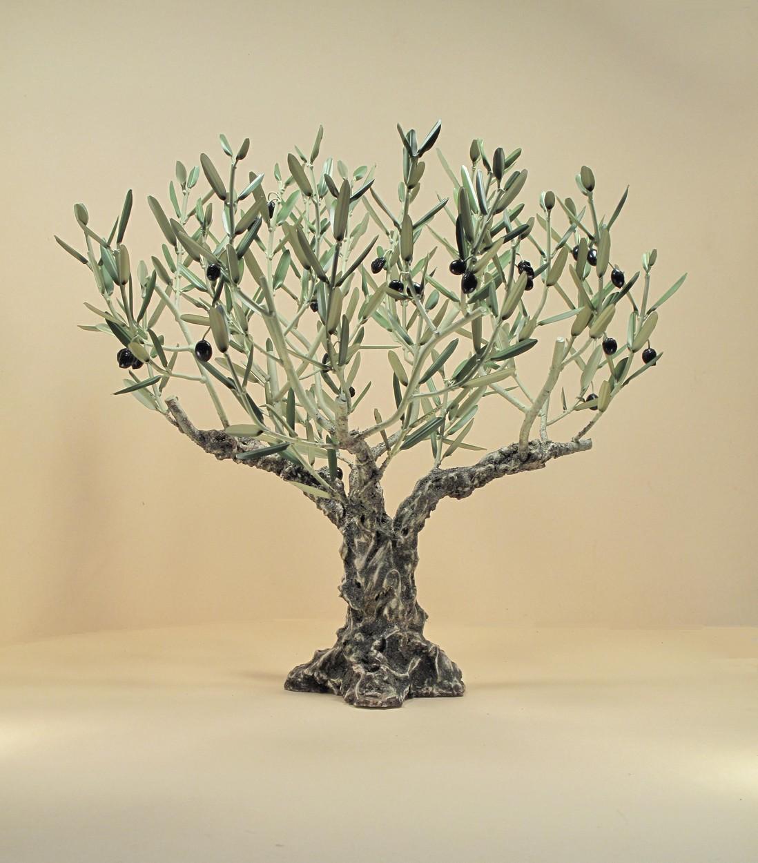 L 39 olivier forg arbres for Arbre mural en fer forge